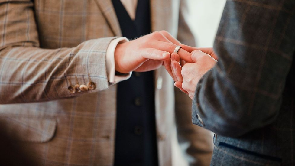 Tying the knot between the ages of 28 and 32 has been linked to the lowest levels of divorce (Credit: Getty)