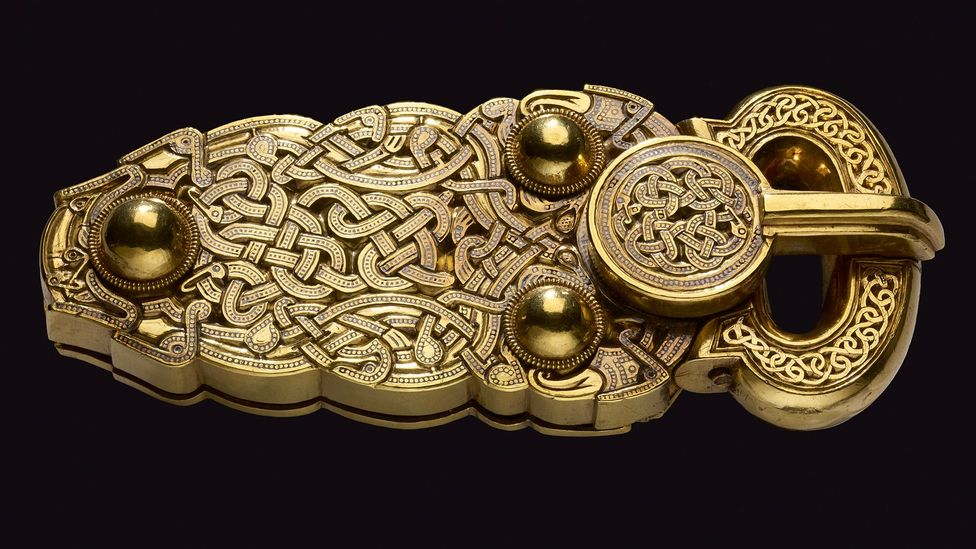 The Sutton Hoo gold belt buckle, early 7th Century (Credit: The Trustees of the British Museum)