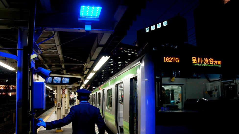The blue lights were installed on all 29 stations of the Tokyo Loop (Yamanote) Line in 2008 (Credit: Damon Coulter)