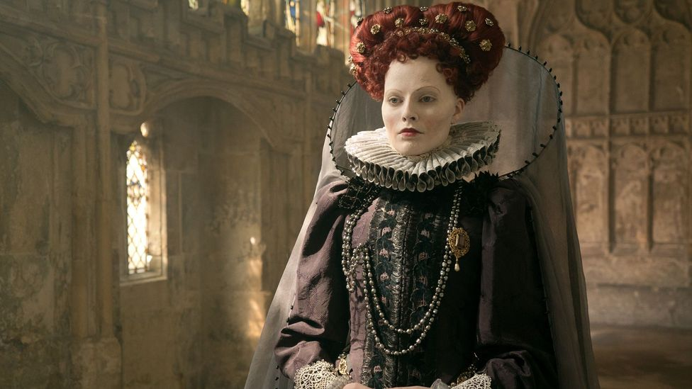 Mary Queen of Scots stars Margot Robbie as Queen Elizabeth I and Saoirse Ronan as the titular queen (Credit: Universal Pictures International)