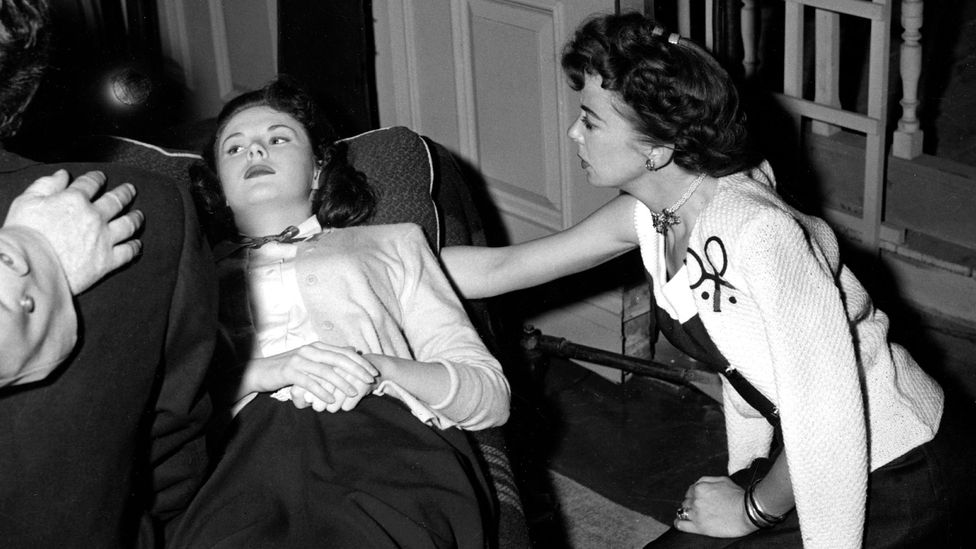 Lupino – shown with Outrage star Mala Powers – emphasised the states of mind of her heroines (Credit: Alamy)