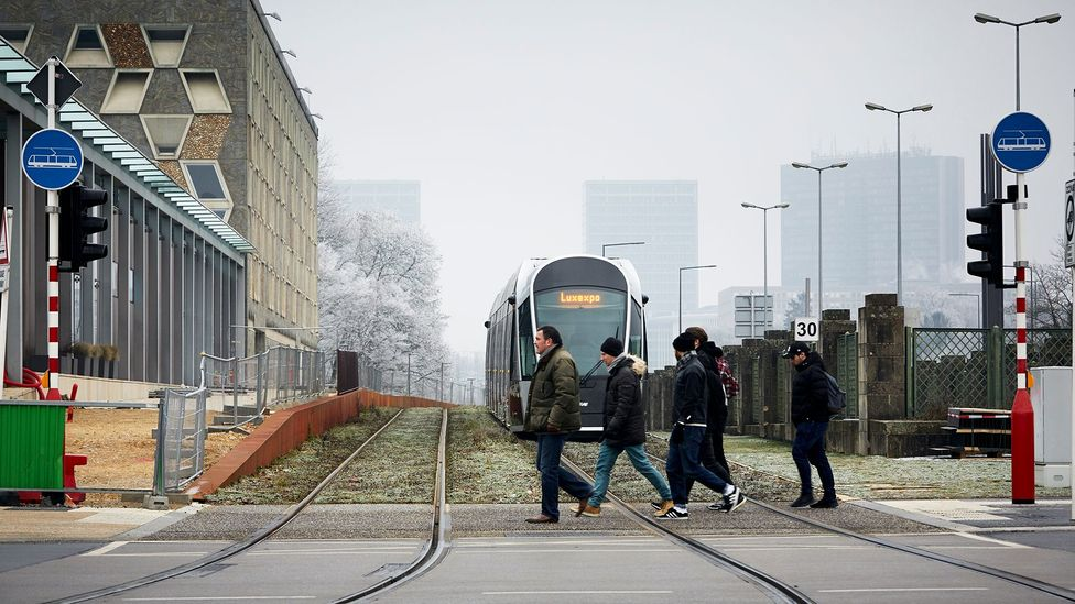 More than 60% of commuters drive to work, compared to 19% who use public transport (Credit: Eric Devillet)