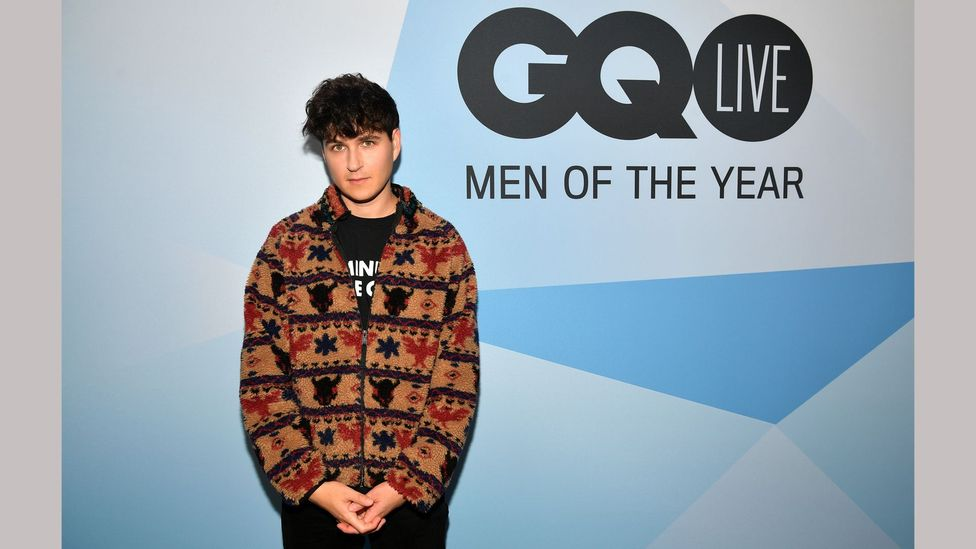 Maverick dresser Ezra Koenig photographed at the GQ Men of the Year awards (Credit: Getty Images)