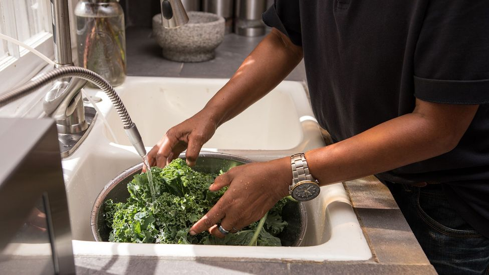 Nitrates in leafy greens are less likely to form cancer-causing nitrosamines and have plenty of health benefits (Credit: Getty)