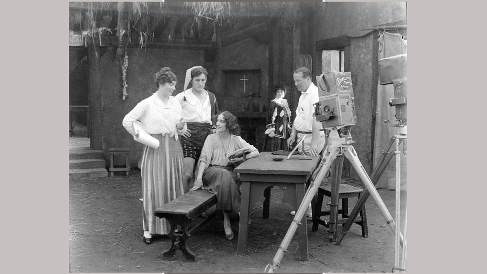 Weber and cast on the set of the big-budget, action-filled Dumb Girl of Portici (Credit: BFI)