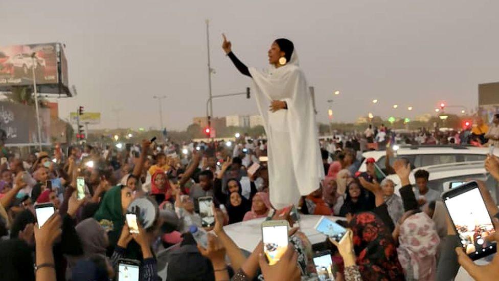 Alaa Salah image (Credit: Lana H Haroun)