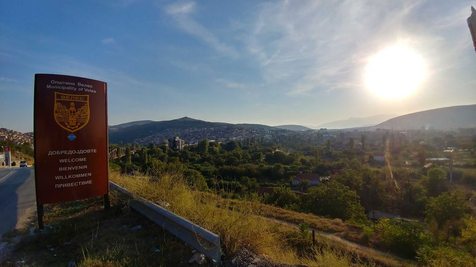 A sign on the road into Veles, a hub of 'fake news' (Credit: Simon Oxenham)