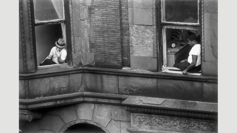 Untitled, circa 1960 (Credit: Dave Heath / Steidl / Le Bal)