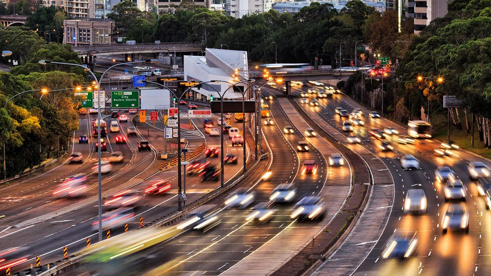 Rerouting traffic on busy roads to avoid jams is currently a challenge for even the most advanced algorithms of today (Credit: Getty Images)