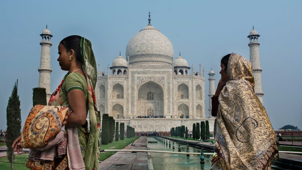 The easily-removed riches in the walls of the Taj Mahal could help preserve the structure itself from looters (Credit: Getty Images)