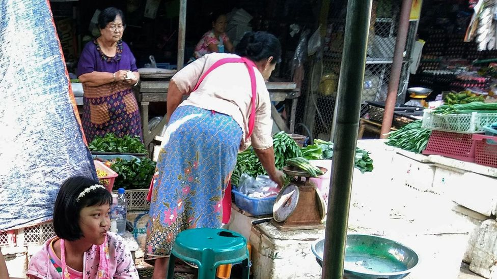 People in the market in Sangkhlaburi, Thailand