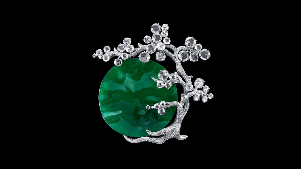 Jade was frequently used in traditional Chinese jewellery and decorative arts, which then influenced European Art Deco styles (Credit: 2018 Carnet Jewelry)