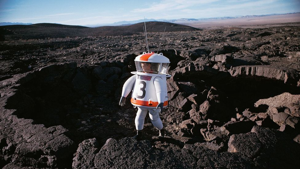 1962: inventor Allyn Hazard tests a Moon suit concept in a crater in California's Mojave Desert