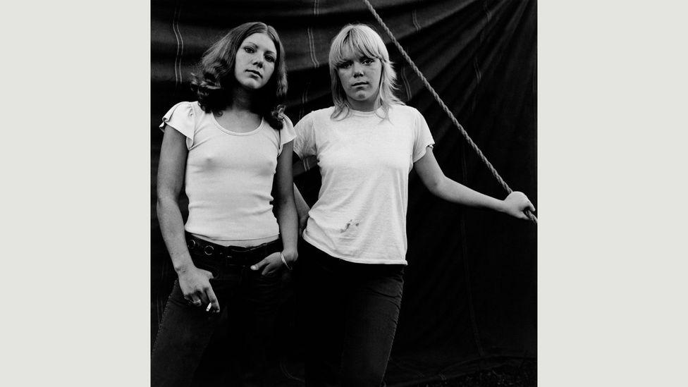Susan Meiselas, Debbie and Renee, Rockland, Maine, USA, 1972 (Credit: Susan Meiselas / Magnum Photos)
