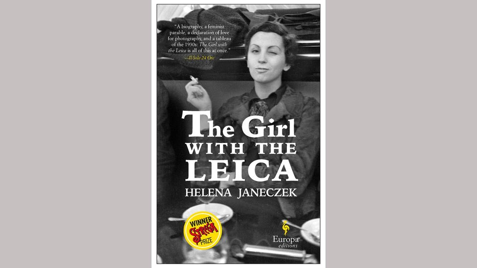 Helena Janeczek, The Girl with the Leica