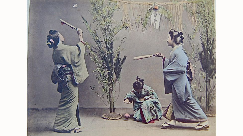 Japanese photographer Kusakabe Kimbei's image of girls playing with temari and other traditional toys (credit: The History Collection / Alamy Stock Photo)
