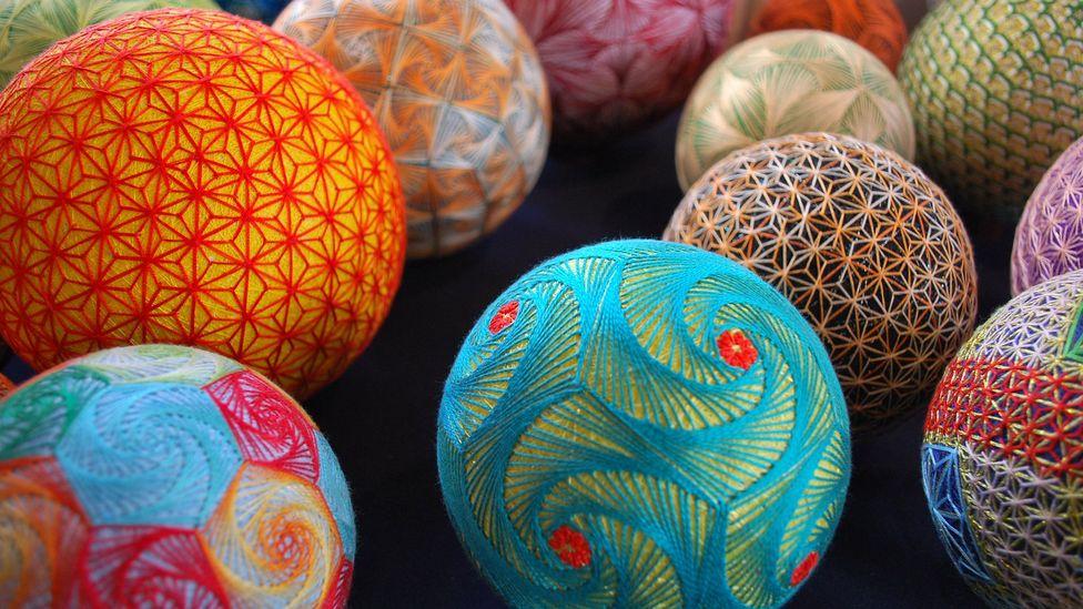 Temari were embroidered with complex geometrical designs (NanaAkua)