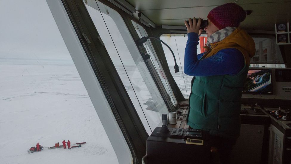 Although the Polarstern is an icebreaker, the expedition still needs to look out for the more dangerous pieces of ice (Credit: AWI/Esther Horvath)