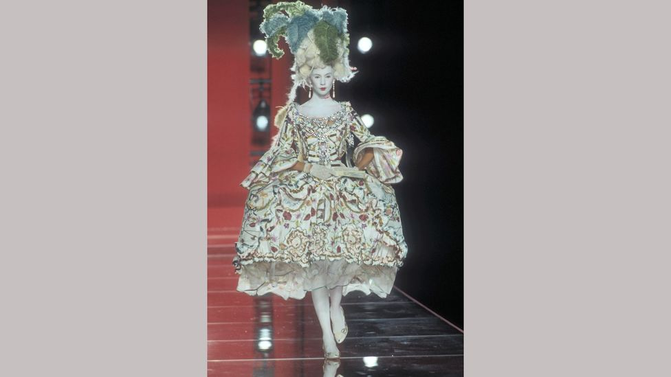 The Christian Dior haute couture collection autumn/winter 2000-2001 echoed historic courtly fashion (Credit: Guy Marineau)