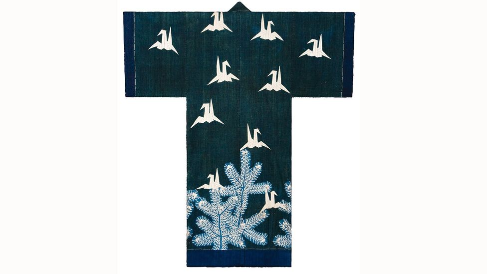 Kaimaki with origami cranes (credit:Textiles of Japan: The Thomas Murray Collection at The Minneapolis Institute of Art)