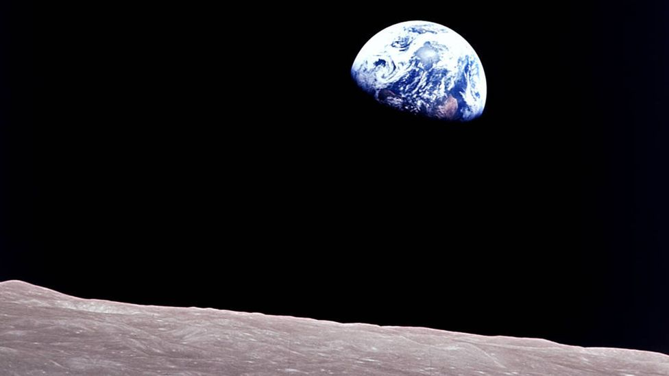 How will astronauts cope when they can no longer see Earth from a viewport? (Credit: Nasa)