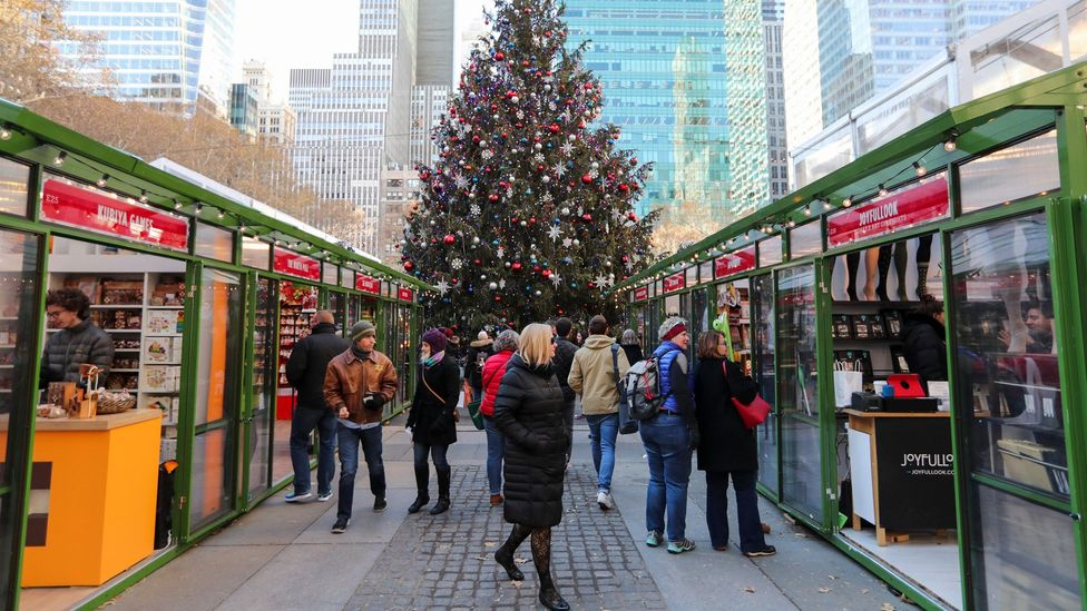 Haven't started Christmas shopping yet? Be sure to lay out the specific tasks and potential challenges before hitting the markets (Credit: Alamy)