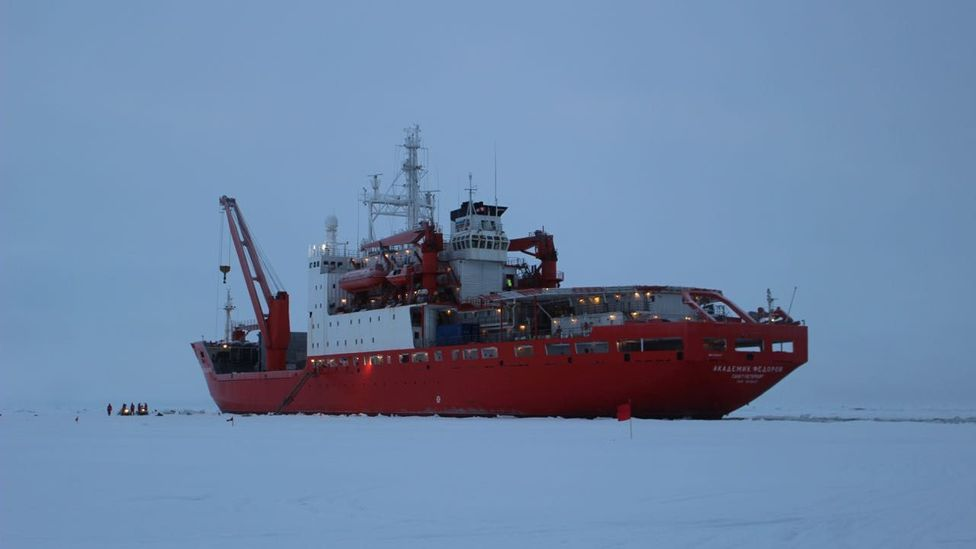 When ice starts piling up around the hull of a ship, the best thing to do is get moving (Credit: Martha Henriques)
