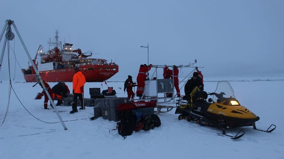 A network of instruments has to be set up in a 40km radius around the German icebreaker Polarstern (Credit: Martha Henriques)