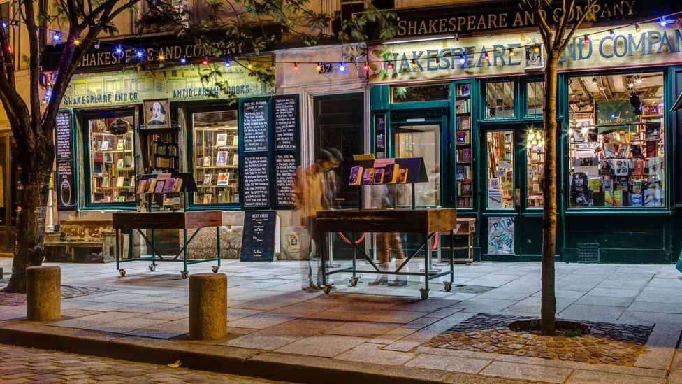 Shakespeare and Company in Paris still attracts book lovers from all over the world (Credit: Alamy)