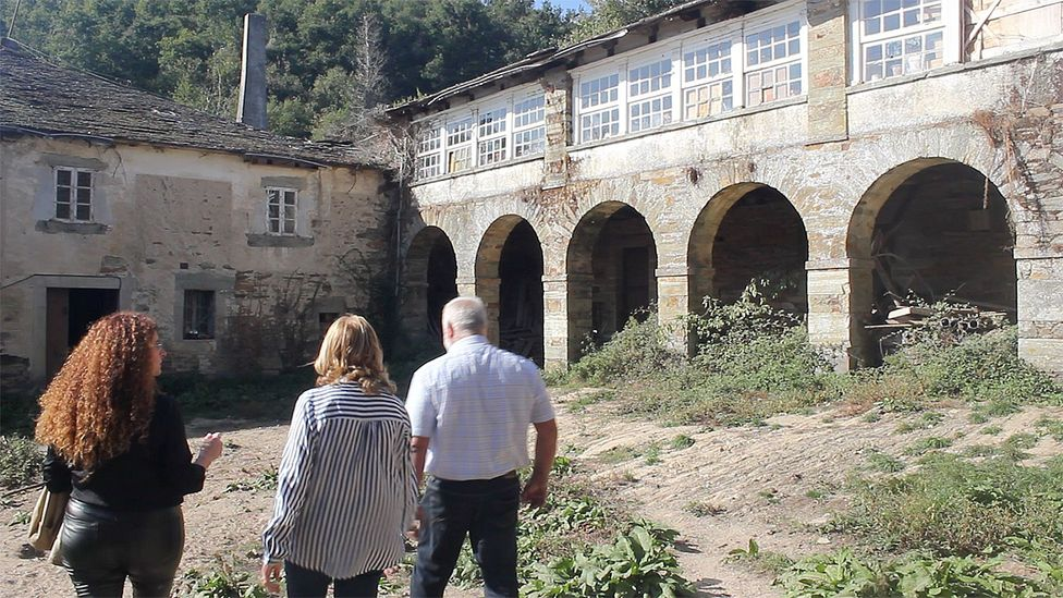 Rural depopulation is an issue that sparks debate in Spain, with local initiatives to try and lure people back to the country (Credit: Esther Costa)