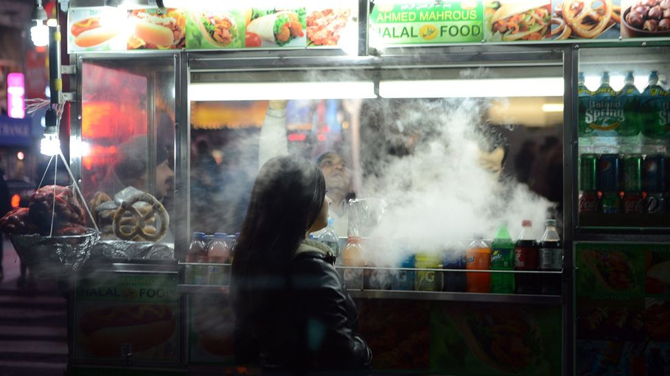 Food stalls are the most obvious example of the labour illusion at work, but websites can also take advantage of it to make users value their services more (Credit: Getty Images)