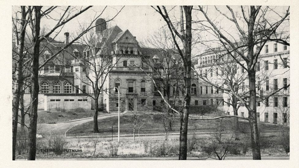 Menkin's breakthrough came at the Free Hospital For Women, in Brookline, Massachusetts (Credit: Center for the History of Medicine, Countway Library, Harvard University)