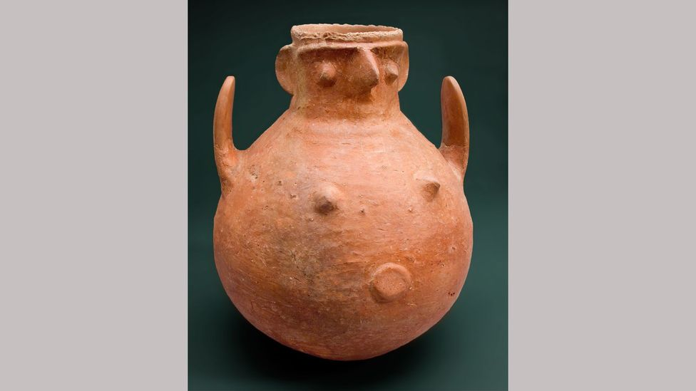 A Bronze-age pot from Troy is among the exhibits at the British Museum's exhibition Troy (Credit: Claudia Plamp/ Staatliche Museen zu Berlin, Museum für Vor-und Frühgeschichte)
