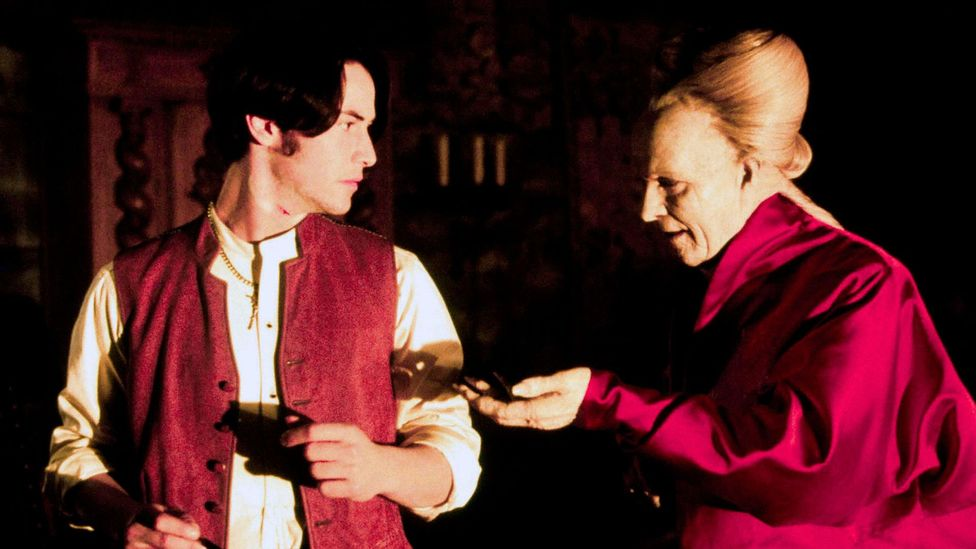 Keanu Reeves' attempt to sound like a posh Englishman in 1992 film Dracula led to one of the most derided accents in cinema history (Credit: Alamy)