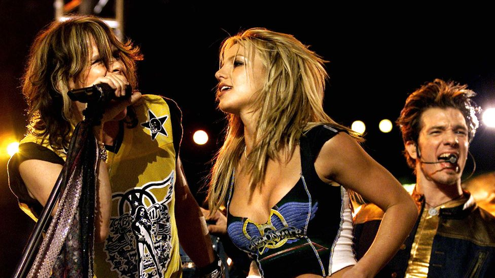Aerosmith, Britney Spears, N'Sync, Nelly, Mary J Blige at Super Bowl Halftime show 2001