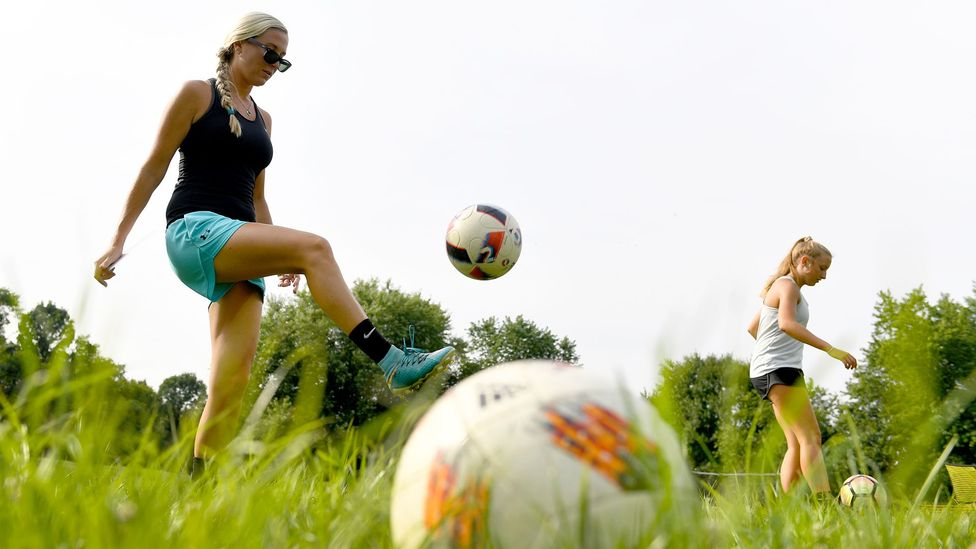 Former professional soccer player Brittni Souder now teaches young players how to avoid concussions (Credit: Getty Images)