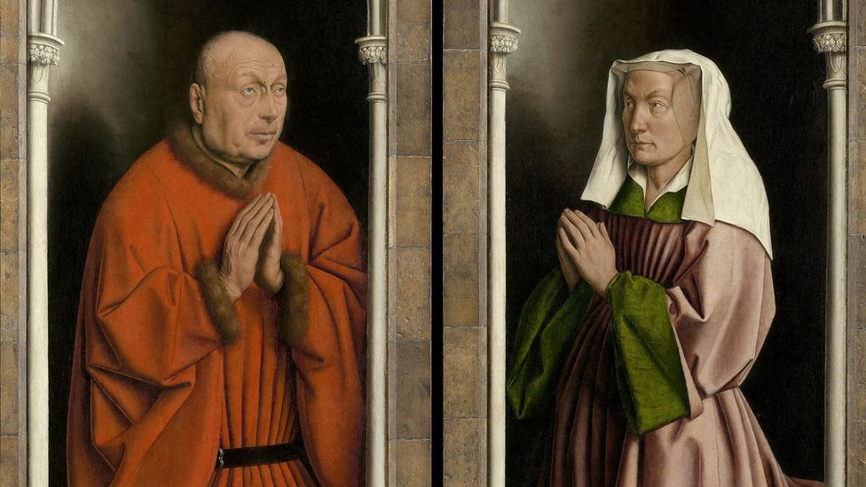 The merchant Jodocus Vijd and his wife Lysbette appear in the outer panels dressed in richly coloured robes