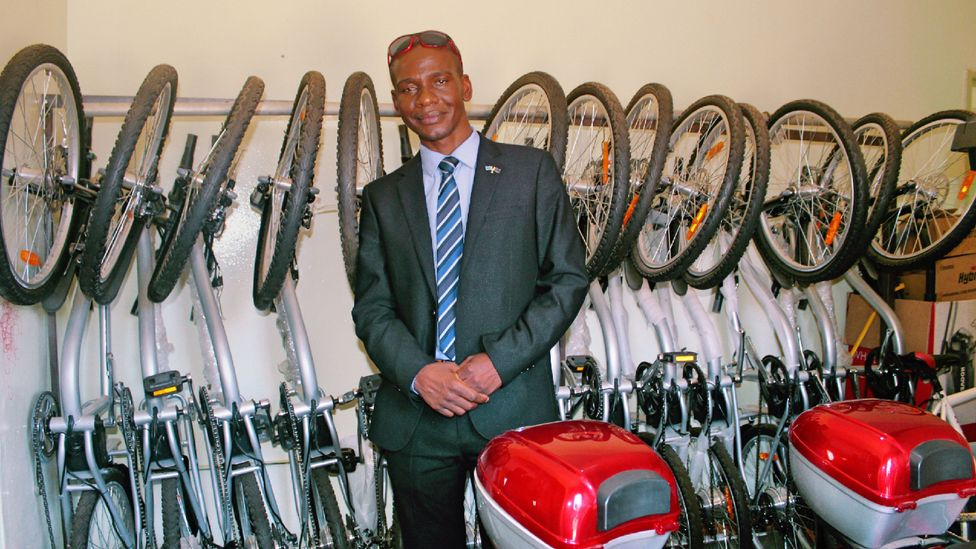 Mpaphi Ndubo has dealt with hostility against cyclists in Gaborone for 22 years (Credit: Sharon Tshipa)