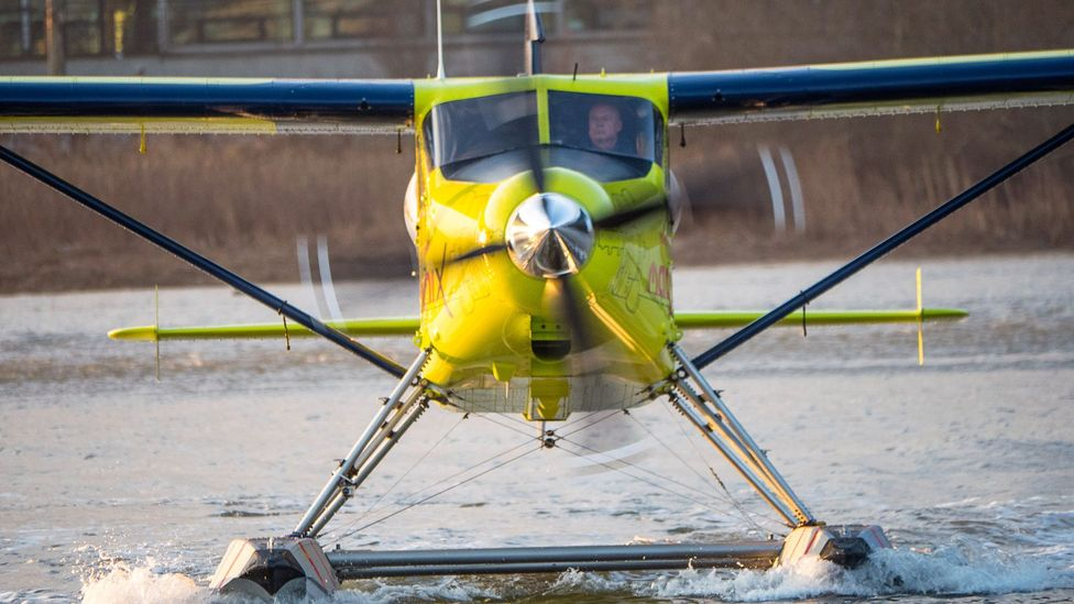 Harbour Air's electric plane prepares to take off (Credit: Diane Selkirk)