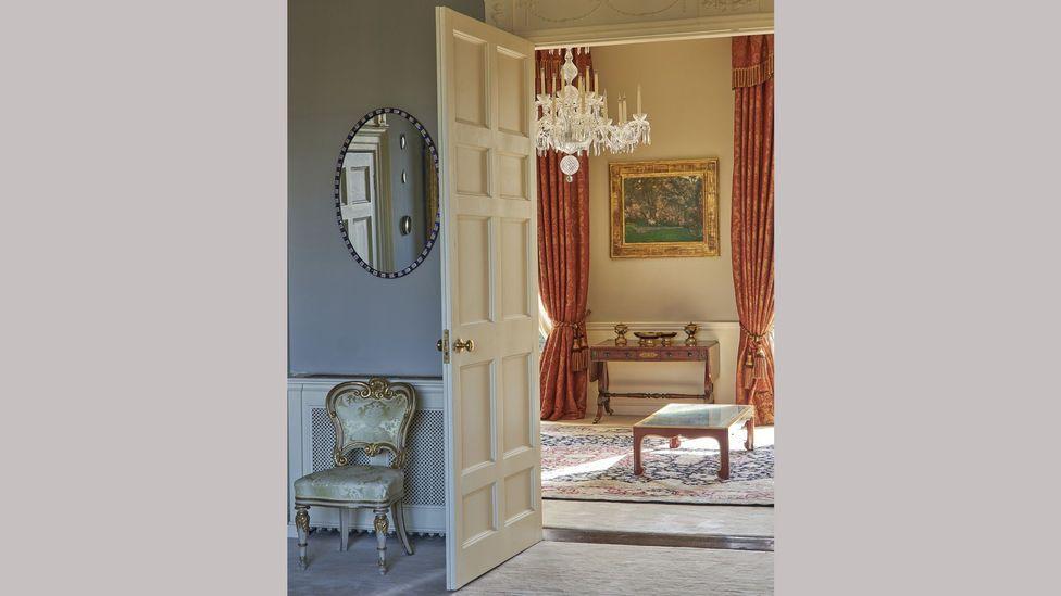 The Dublin home of the late Patrick Kelly is full of 20th-Century art, alongside Regency furniture