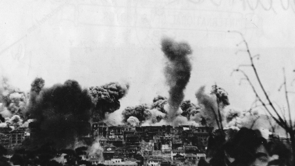 Xia Peisu's home of Chongqing, China during a Japanese airstrike in 1940 (Credit: Getty Images)