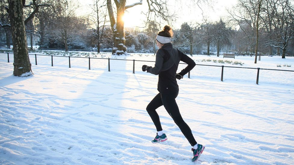 At maximum exercise, heavy layers of protective clothing are not required to stay warm (Credit: Getty Images)