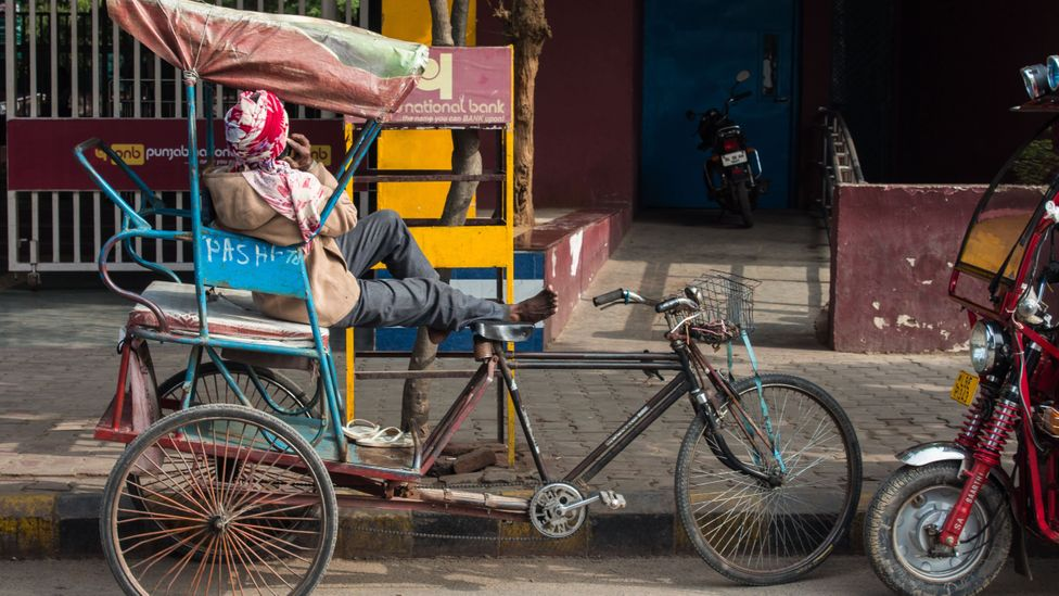 Rickshaws are seen as a much more relevant player in the electrification of transport in emerging markets, such as India's (Credit: Lou Del Bello)