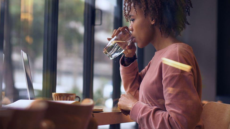 No, drinking water doesn't kill coronavirus