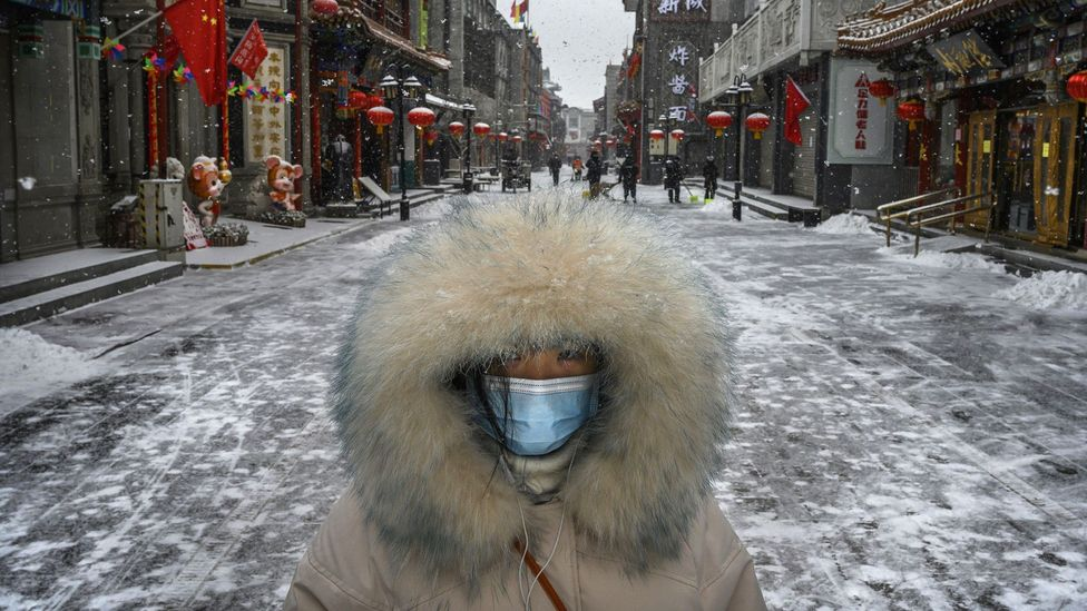Many of the largest outbreaks of Covid-19 are found in cities and regions of the world that have had cooler, drier weather (Credit: Getty Images)