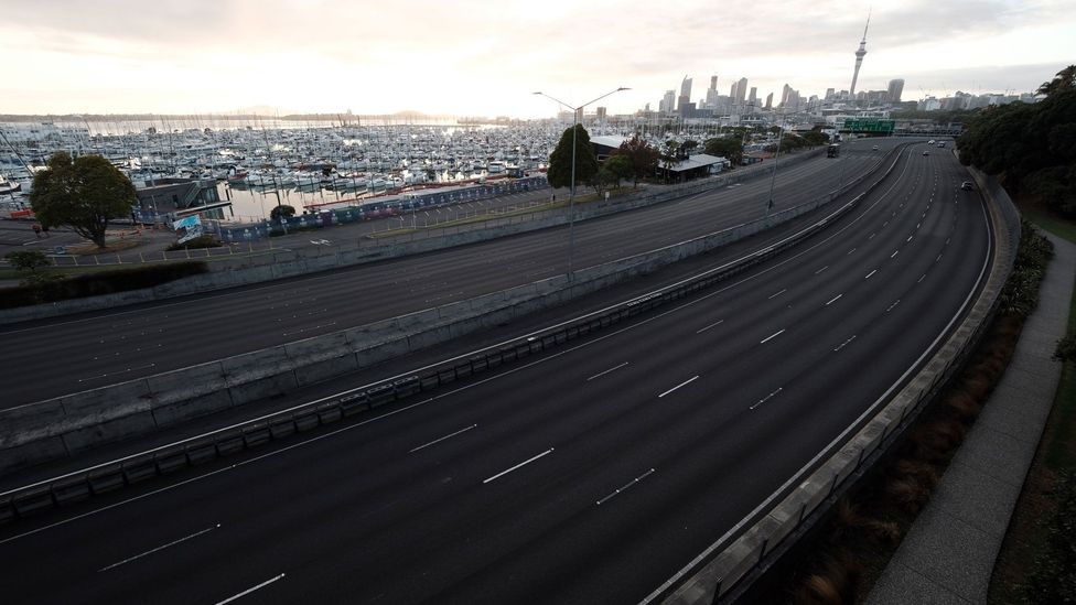Motorways have emptied in Auckland as the New Zealand government increases travel restrictions (Credit: Getty Images)