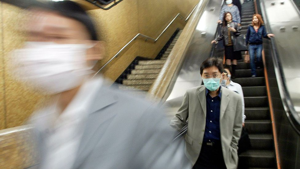 The 2003 Sars outbreak was quickly recognised as a serious danger to health (Credit: Getty Images)
