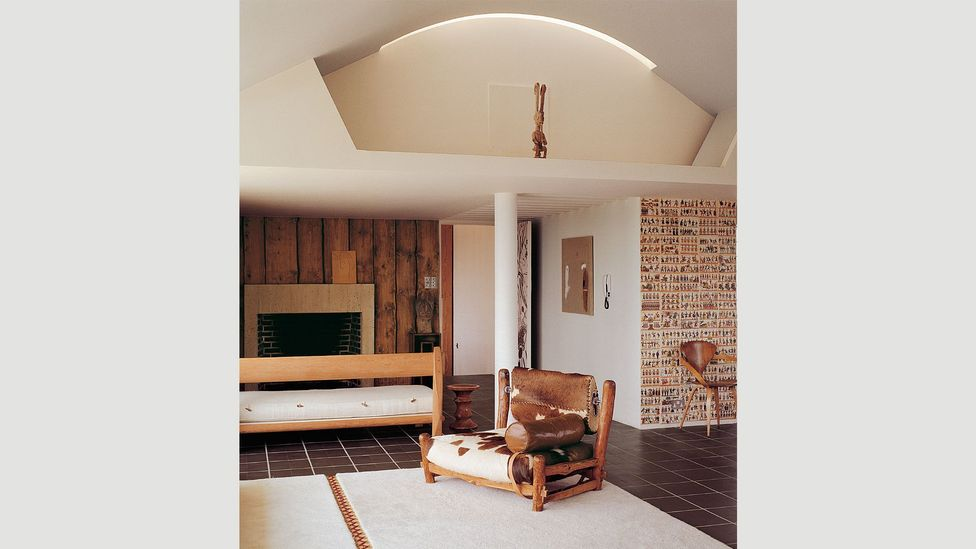 Architect Berthold Lubetkin's penthouse features natural materials such as rough-cut timber