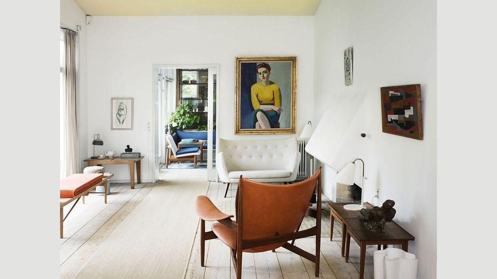 Danish architect Finn Juhl's 1941 interior for a home in Ordrup, Denmark has a modern, elegant feel