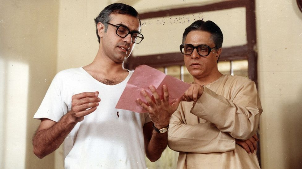 While the character Byomkesh Bakshi has been played by many different actors on screen, Rajit Kapur's performance in the 1993-7 series is seen as the gold standard